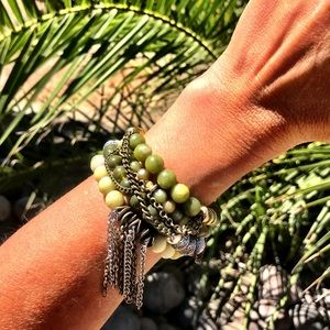 Jewelry - 💚Custom Beaded Bracelet Set Of 4💚
